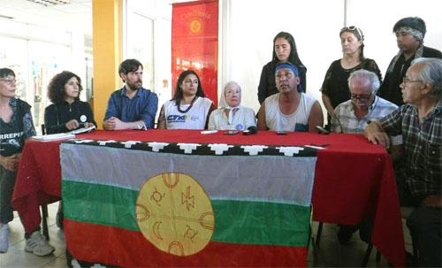 Conferencia de prensa de la comunidad con delegación nacional de organismos de Derechos Humanos - foto: Lara Haure